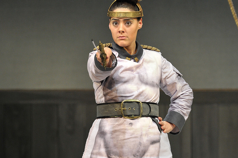 Kezia Bienek, Mezzo Soprano – Tauride - Arianna in Creta London Handel Festival (2014)
